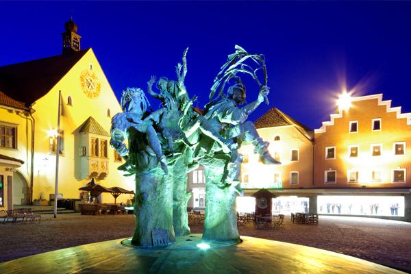 Marktplatz der Kreisstadt Cham - Hotel am Regenbogen